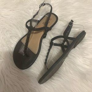 🌹3/$20 385 fifth jewel T-Strap flat sandals